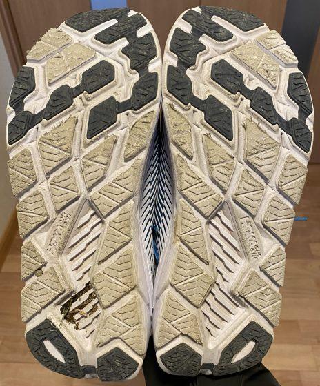 ホカオネオネ『リンコン2』の靴の裏の写真